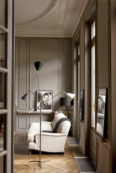 love these warm grey walls – add white linings on the moldings…hubba hubba! 30 Stunning Home Interior Ideas To Rock Your Next Home – love these warm grey walls – add white linings on the moldings…hubba hubba! Home Interior, Interior Architecture, Interior And Exterior, Interior Decorating, Decorating Ideas, Interior Doors, Luxury Interior, Interior Design Inspiration, Room Inspiration