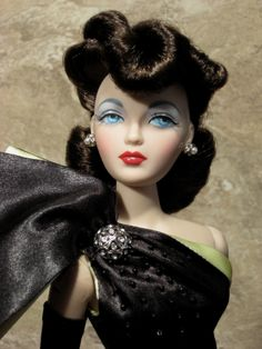 The Couture Touch: 1940's Hairstyles: Pompadours, Rolls, and Bangs