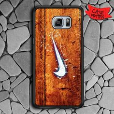 Nike Wood Texture Samsung Galaxy S6 Edge Plus Black Case