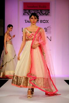 Bridal Outfits by Anushree Reddy.Here's a gifted fashion designer who is relatively new in the Indian fashion scene. Anarkali Dress, Pakistani Dresses, Indian Dresses, Indian Outfits, Anarkali Suits, White Anarkali, Indian Clothes, Simple Anarkali, Saree Gown