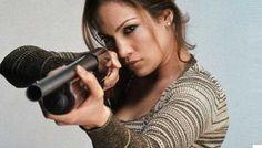 "Jennifer Lopez vuelve a la actuación con la serie policial ""Shades of Blue"" http://www.redestrategia.com/la-nueva-serie-policial-con-jennifer-lopez.html"