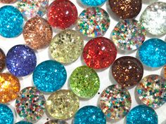 Microwave Girl: DIY Glitter Magnets