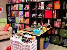 i want a scrapbooking room..