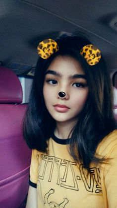 p i n t e r e s t: /haneulchubs/ Filipina Actress, Filipina Beauty, Donny Pangilinan Wallpaper, Andrea Russett, Celebrity Singers, Child Actresses, Sad Faces, Pretty And Cute, Hair Looks