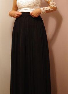 Kup mój przedmiot na #vintedpl http://www.vinted.pl/damska-odziez/spodnice/13858103-elegancka-czarna-dluga-galowa-spodnica