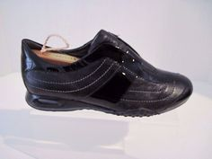 Cole Haan Loafers Casual Shoes Black Patent Leather / Leather Size 5 B Nike Air #ColeHaan #LoafersMoccasins #Casual