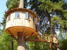 TreeHouse Workshop - International tree houses and commercial treehouses by Pete Nelson and THW builders