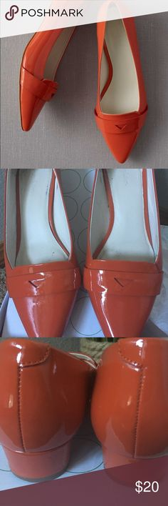 Boden Edie Block Heels Classic Boden Edie heels. Orange Patent. They look stunning with everything! Used (see pictures) only the bottom shows wear. Come with original box and tissue. Boden Shoes Flats & Loafers