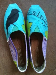 hand painted Toms by Mary Gregory via her blog