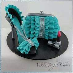 This would be an awesome cake for my bday next week...