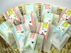 Kleine Pergamintütchen mit den 2014er Sale-a-bration-Produkten Süße Sorbets und Im Fähnchenfieber von Stampin' UP!