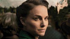 Sognare è vivere (A Tale of Love and Darkness) di Natalie Portman. Film Biografico, USA, 2015. La Portman personaggio divora la Portman regista, rubandole lo sguardo e imponendole il tono.