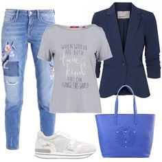 L'outfit+è+composto+da+una+t-shirt+con+stampa+da+portare+con+la+giacca+con+manica+arricciata+a+tre+quarti+ed+i+jeans+con+applicazioni+floreali+sul+davanti.+Completano+il+look+le+sneakers+in+pelle+e+tessuto+e+la+shopping+bag+con+logo+Versace+Jeans.