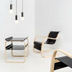 915 side table by Alvar Aalto.