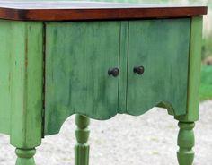Trucos para envejecer muebles ¿Queréis saber cuáles son los mejores trucos para envejecer muebles pintados? ¡Seguid leyendo!