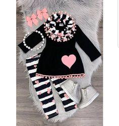 Black/white stripe pink heart scarf set - Susann Bär - Pin To Travel Dresses Kids Girl, Little Girl Outfits, Kids Outfits Girls, Toddler Girl Outfits, Cute Outfits, Girls Shoes, Baby Girl Fashion, Toddler Fashion, Kids Fashion