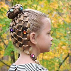 Halloween hair for school for Mia? Halloween hair for school for Mia? Easy Little Girl Hairstyles, Cute Hairstyles For Kids, Hairstyles For School, Trendy Hairstyles, Kids Hairstyle, Style Hairstyle, Short Haircuts, Braided Hairstyles, Natural Hairstyles
