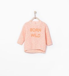 "Imagem 1 de CAMISOLA ""BORN WILD"" da Zara"