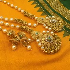 Flower pendant with Moti and golden jhirmil