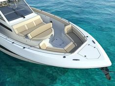 The newest and largest model from Boston Whaler, the 420 Outrage, has top notch fit-and-finish and innovative seating designs at the helm -- like no other. She will make her debut at the Fort Lauderdale Boat Show. Fort Lauderdale Boat Show, Boston Whaler Boats, Deck Boat, Cool Boats, Bass Boat, Boat Stuff, Center Console, Boat Design, Short Trip