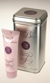 Bastien   Gonzalez hand cream...best in the world via newlondonpharmacy.com French Beauty, Hand Cream, Manicure And Pedicure, Pharmacy, Beauty Products, Hair Makeup, Nyc, London, Big Ben London