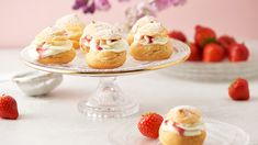 Jahodovo-višňové veterníky Lidl, Dessert Recipes, Desserts, Ale, Cereal, Breakfast, Food, Basket, Tailgate Desserts