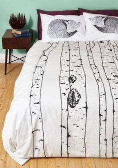 Tree Cheers Duvet Cover in Full/Queen. Hip, hip, hooray for this white cotton duvet! My New Room, My Room, Farmhouse Bedroom Set, Estilo Hipster, Retro Home Decor, Hipster Home Decor, Home Decor Accessories, Home Gifts, Luxury Bedding