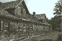 La léproserie de Tracadie, au Noubeau-Brunswick, où furent internés des lépreux au 19e siècle et au début du 20e siècle