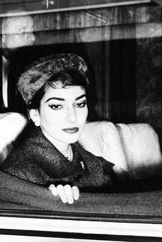 Maria Callas photographed by Alfredo Miccoli, 1958                                                                                                                                                     Más