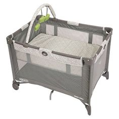 Graco Pack 'n Play Playard On The Go smarties design