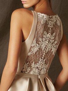 BOGOTA destaca por ser un vestido de fiesta corto muy fresco, elaborado en mikad. Bridesmaid Dresses, Prom Dresses, Formal Dresses, Dresses Dresses, Dance Dresses, Fashion Details, Fashion Design, Mode Outfits, Dress Patterns