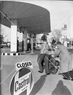Cars 1959 - Petrol Strike at Dublin Garages History Photos, Photo Archive, Garages, More Photos, Dublin, Baby Strollers, Ireland, Irish, Fine Art