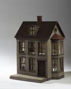 Early dollhouse with bay windows  Rick Maccione-Dollhouse Builder www.dollhousemansions.com