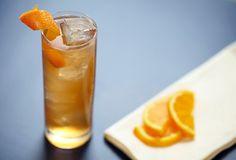 Maple Iced Tea with Crown Royal® Maple Finished Whisky. www.jcbartendingacademy.com