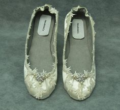 Ivory Wedding Flats - Ivory or white Fancy Shoes - Flat fancy Shoes Bridal