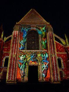 la nuit des Chimères . cathédrale de Le Mans