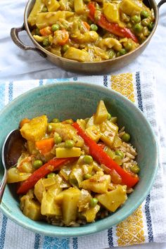 Vegan Pineapple Cashew Curry