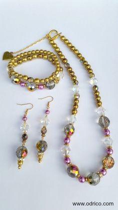 Modern Victoriaans Glamoureuze set met veel goud en glans in modern victoriaanse stijl.  Victoria Gold | Sieraden Set | O'dri co