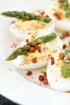Pancetta and Asparagus Deviled Eggs (Paleo, Gluten Free, Low Carb, Whole30 Appetizer) Pairs great with @gloriaferrer chardonnay! #GloriaFerrer #CleverGirls