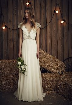 jenny packham sheba dress from the 2017 bridal collection, elegant, stylish, beautifully cute - perfect dress for an Italian wedding in vennice.