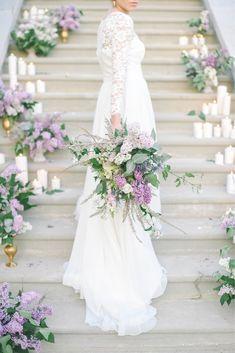 Wedding Bouquets, Wedding Dresses, Gray Weddings, Salons, Purple, Flowers, Wedding Lavender, Instagram, Wedding Ideas