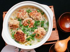 How to make Shanghai Lion's Head meatballs #chinese #recipe