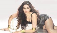 Sonam Kapoor prefers company of girls rather than boys