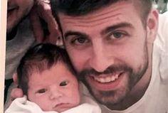 El futbolista del Barcelona, Gerard Piqué, compartió su primera fotografía con el bebé, el segundo hijo que tuvo con Shakira.