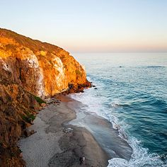 Like Zuma Beach, its famous neighbor just to the north, Westward Beach has ample parking and powerful waves. But bordered by sandstone bluffs instead of PCH's pavement, it feels more unspoiled.