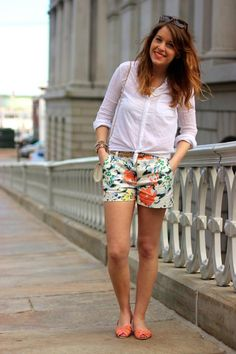 A pair of Gap shorts as featured on the blog The Style Tab.