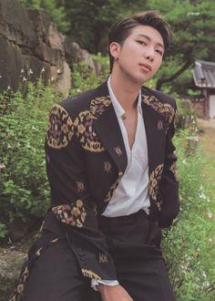 Jimin Jungkook, Kim Namjoon, Bts Bangtan Boy, Foto Bts, Bts Photo, Mixtape, Park Ji Min, Rapper, Bts Summer Package