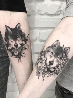 """There are many ways to say """"I love you"""" - getting couple tattoos is our favorite one! Take your love to new heights with these awesome matching tattoos. Mini Tattoos, Sexy Tattoos, Body Art Tattoos, Sleeve Tattoos, Tattoos For Guys, Tattos, Wolf Tattoos, Animal Tattoos, Tattoos Of Wolves"""