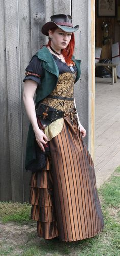 Steampunk garb. The coat is fab!