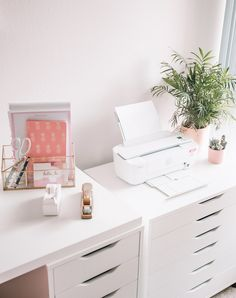 Modern Bohemian Chic Home Office Reveal Cozy Home Office, Home Office Storage, Home Office Organization, Home Office Design, Home Office Decor, Office Ideas, Modern Office Decor, Design Desk, Lp Storage
